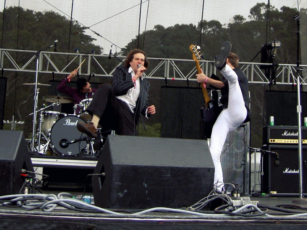 Dick Valentine and Smorgasboard of Electric Six, mid-high-kick