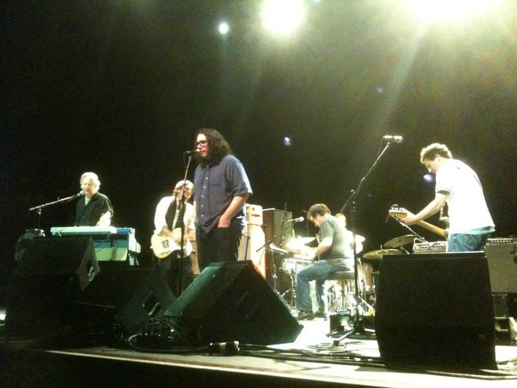 Yo La Tengo and the Urinals rock out the encore