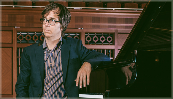 Ben Folds puts on his serious face before having an amazing time.
