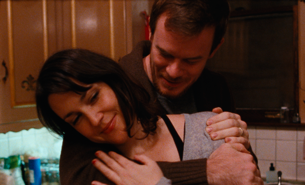 Melanie Lynskey and Joe Swanberg snuggle up tight in 'Happy Christmas'