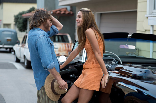 Joaquin Phoenix and Katherine Waterston in P.T. Anderson's Inherent Vice