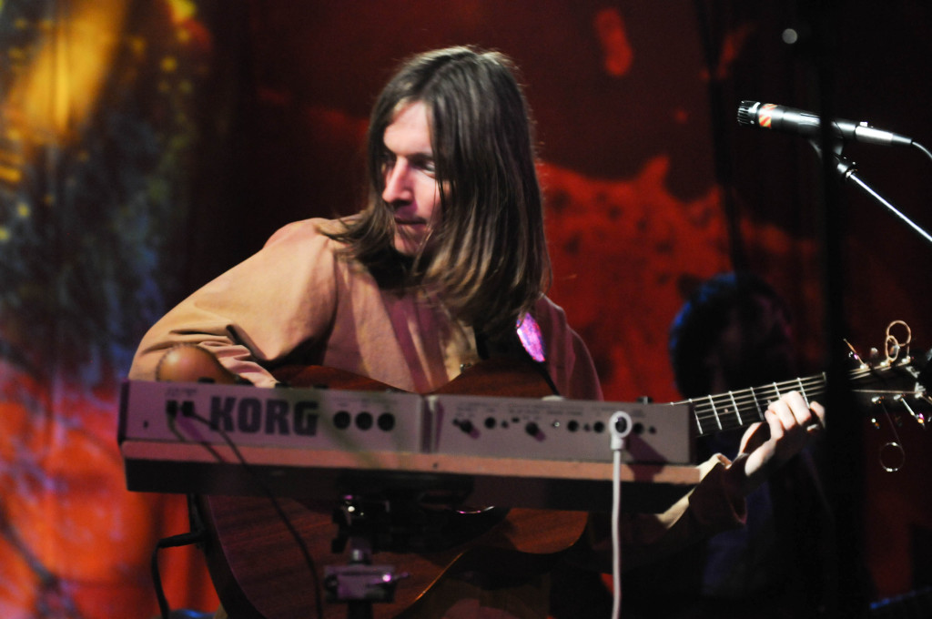 A multi-instrumentalist, Jacco Gardner was constantly rotating between guitar, keyboards, and even tambourines between songs.