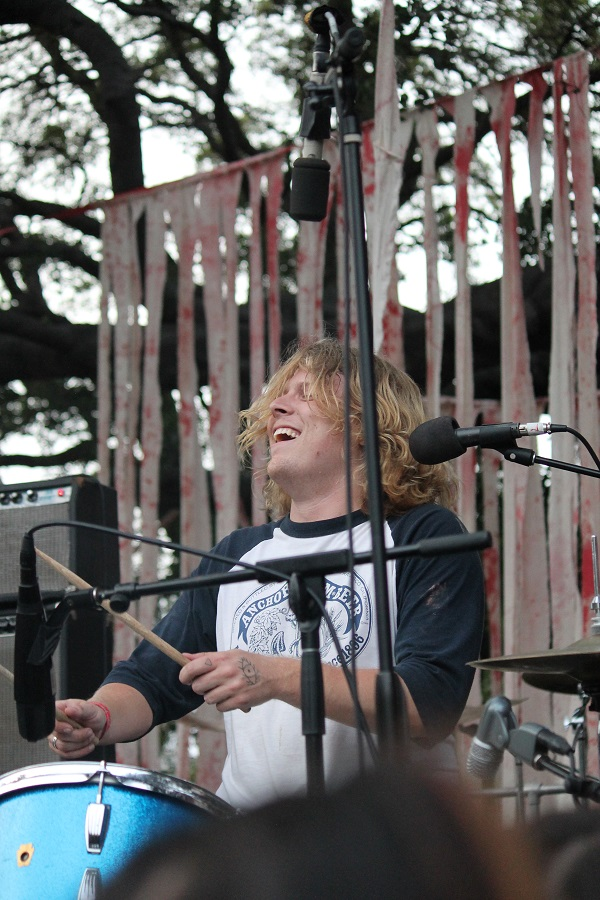 13 Smiling Ty Segall